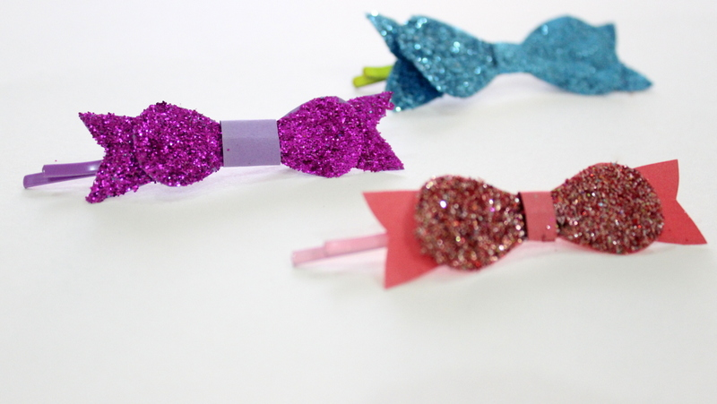 Bow Tie Bobby Pins