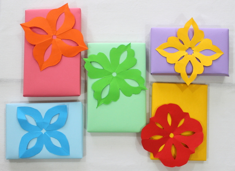 Kirigami flowers for gifts