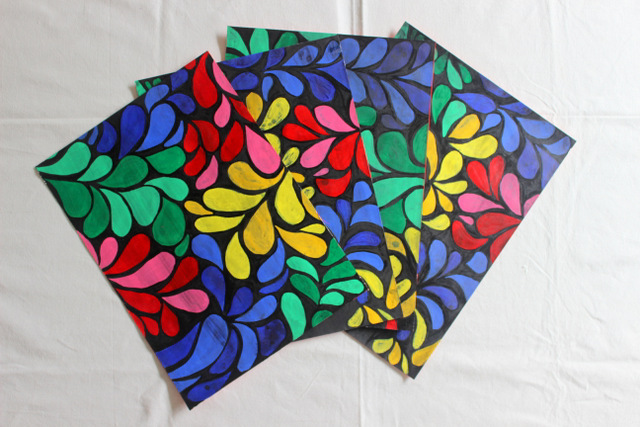 Tempera Batik, Table mats, Place mats, Handmade, Hand painted, technique based, DIY, crafts, crafts for kids, colorful, DIY crafts, DIY tutorials, art and craft, DIY, craft ideas , craft ideas for kids, crafts, organisation, accessories, room decoration , handmade gifts, diy crafts, diy home decor, the craftables