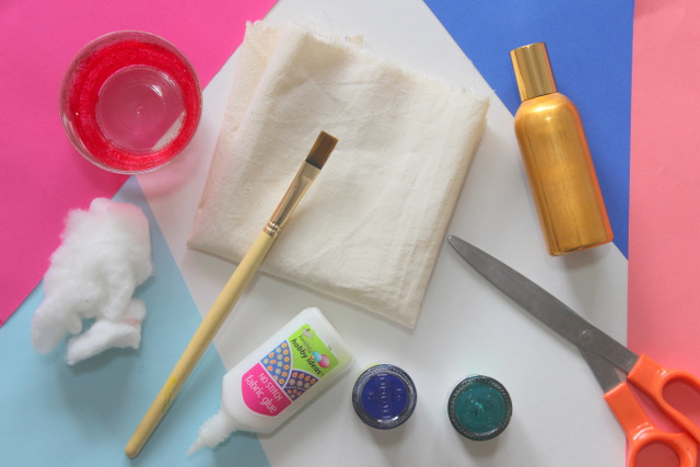 How to make DIY Mini Perfume Pillows using a tutorial which is completely kid-proof.