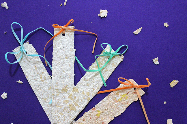 DIY Tutorial for Handmade Paper Bookmarks. Mission: Use up all the scraps of paper in the house!