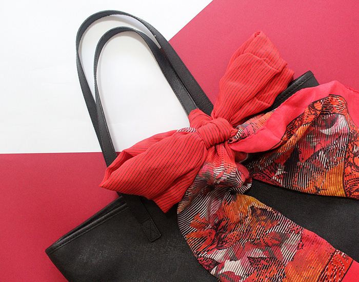 customise bag with scarf
