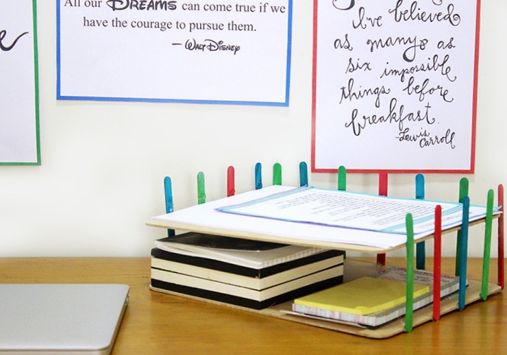 Diy desk organizer idea the craftables - Desk stationery organiser ...