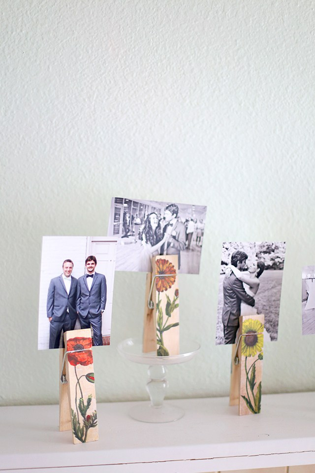 photo holder pins