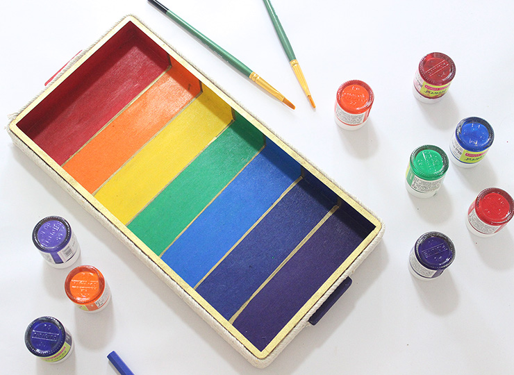 Make a Rainbow DIY Tray