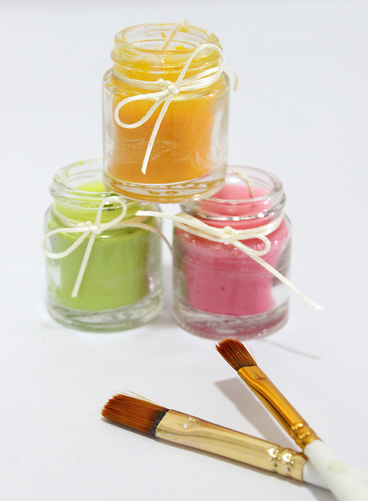 scented candles at home