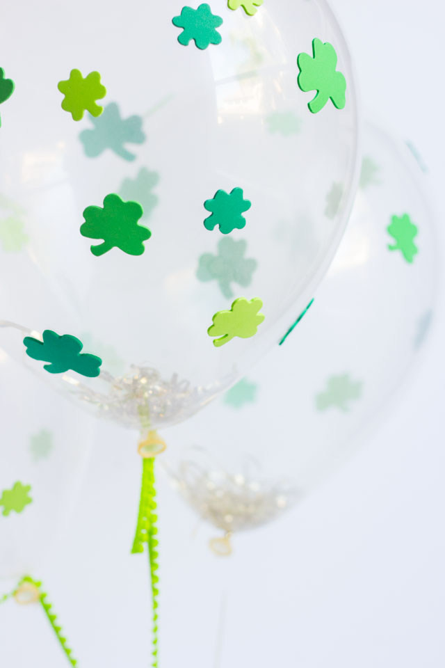 diy st patricks day shamrock balloons