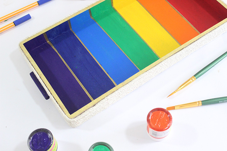 kids workshops idea - rainbow tray
