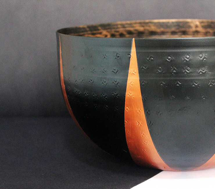 black metal bowl decor