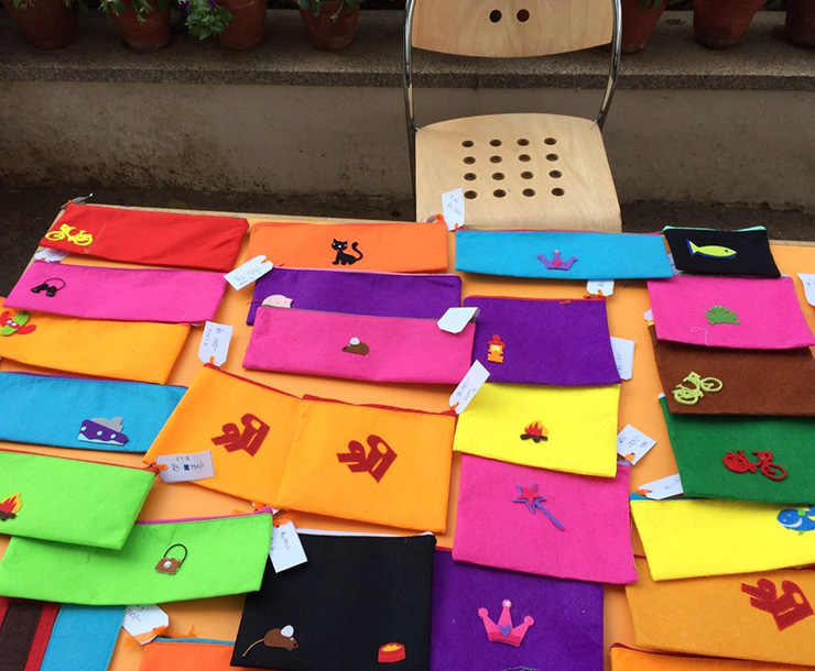 Stalls for handmade pouches