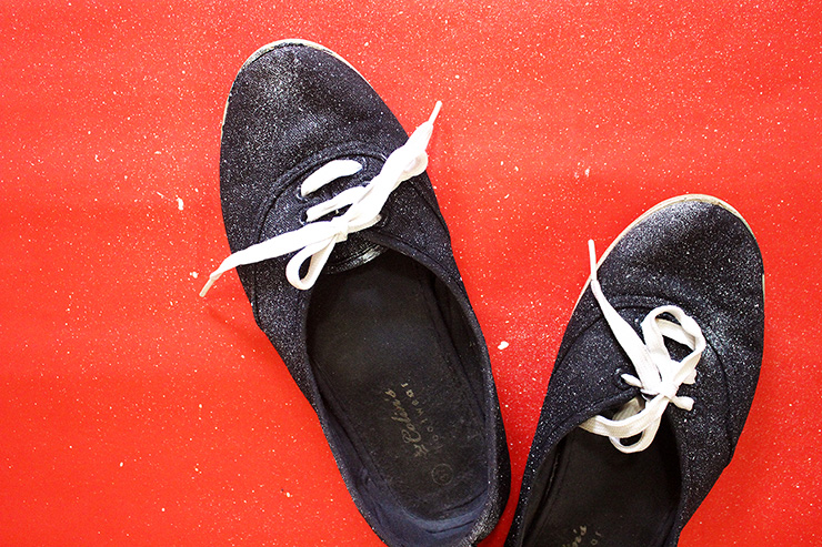 Do it yourself tutorial on sneakers