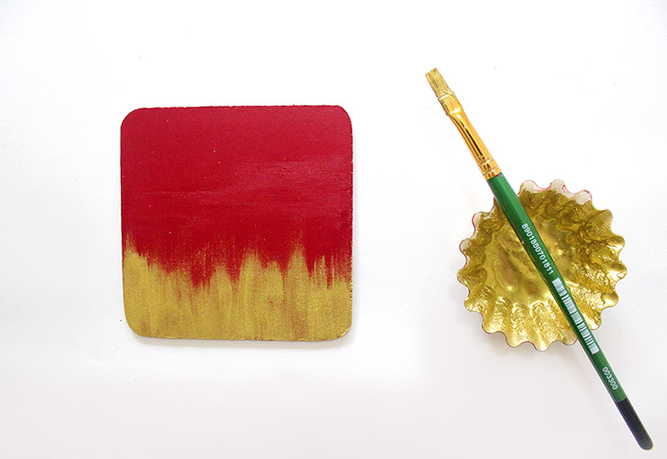 red and golden DIY notepad