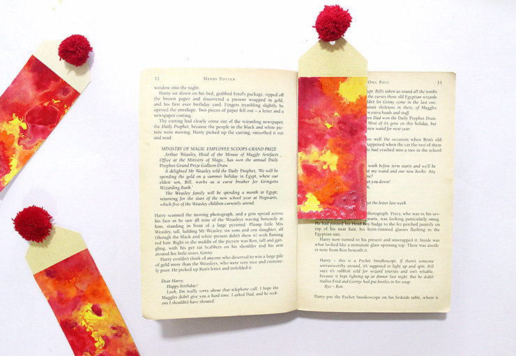 diy customised bookmarks