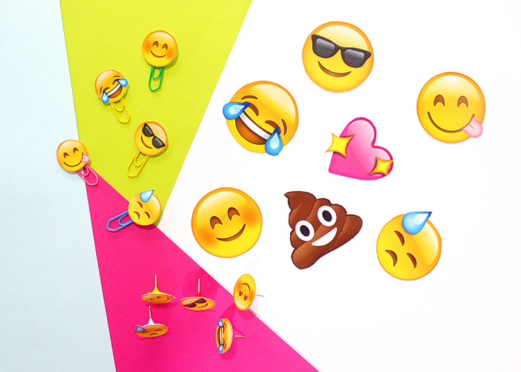 picture regarding Emojis Printable named Do-it-yourself Printable Emoji Stationery Pins The Craftables