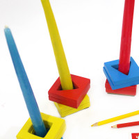 DIY candle holders with building blocks