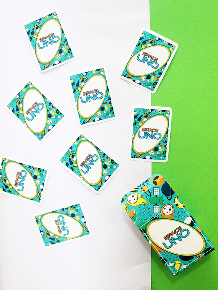 Space themed party favour game for children