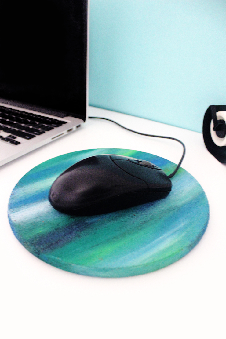 Crafts for kids | how to paint a mousepad | The Craftables