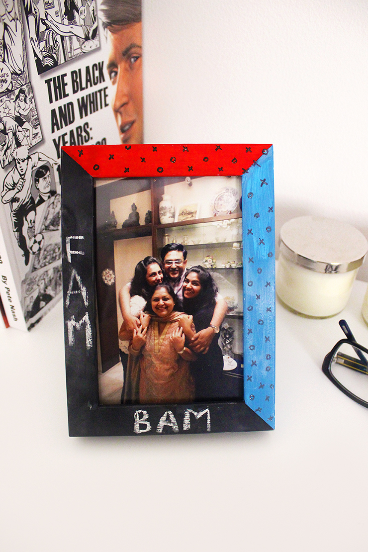 The Craftables | DIY chalkboard Photo Frame