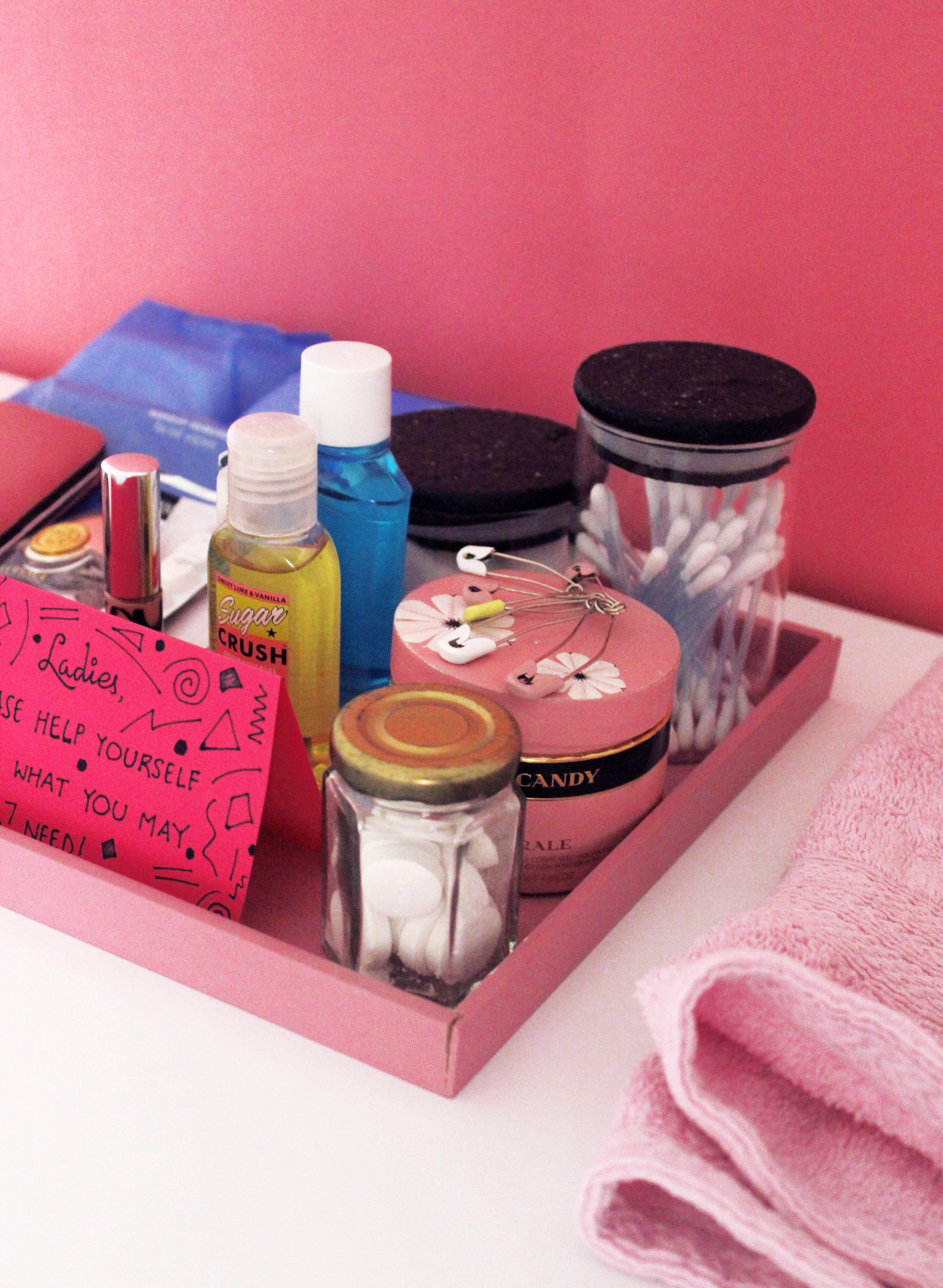 Emergency Bathroom Kits for Parties for women by The Craftables