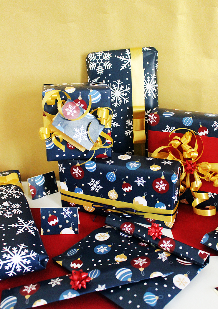 Last Minute Holiday Wrapping Paper   Christmas Printables   The Craftables