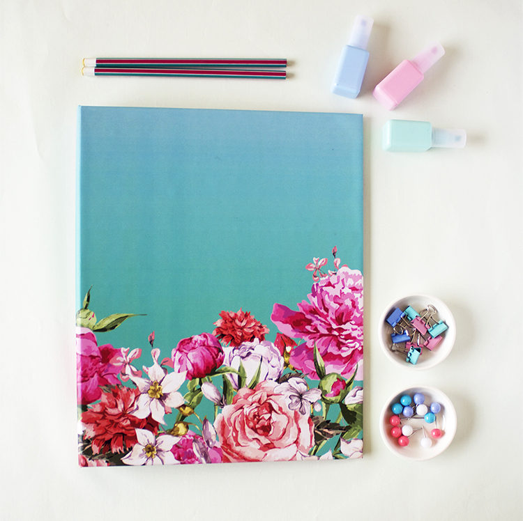 Bouquet Ring Folder in Turquoise _ Custom Ring Binders for every occasion by The Craftables