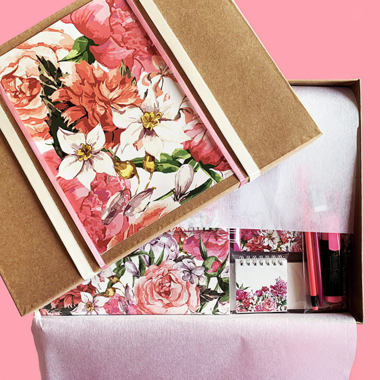 Bouquet Stationery in flowers | Personalised pink notebooks planners stationery kit | The Craftables