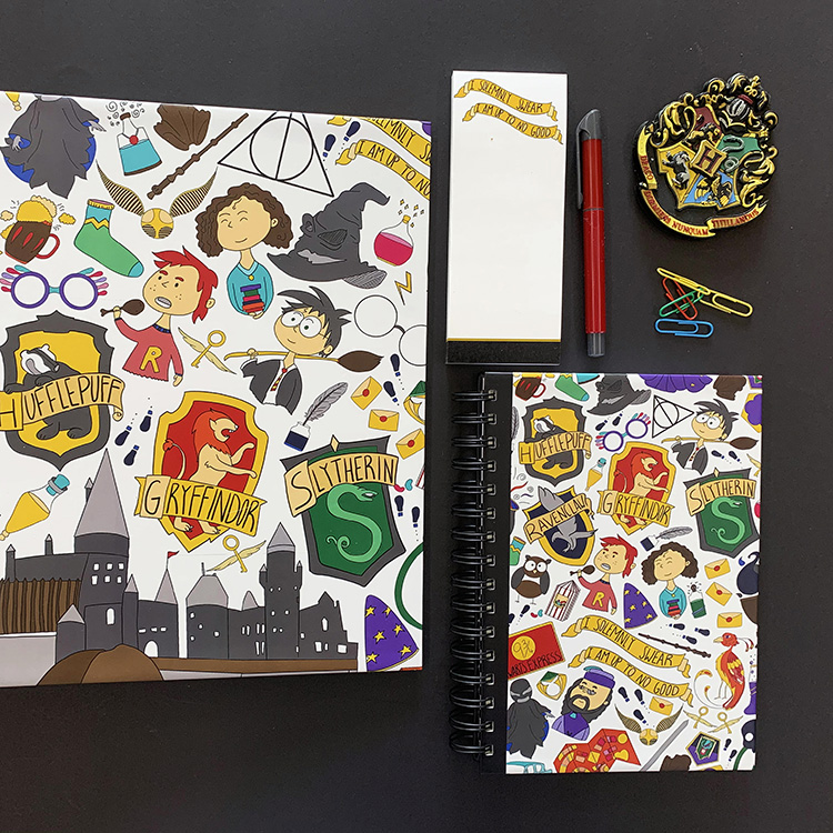 Wizarding World Stationery Set | The Craftables 2