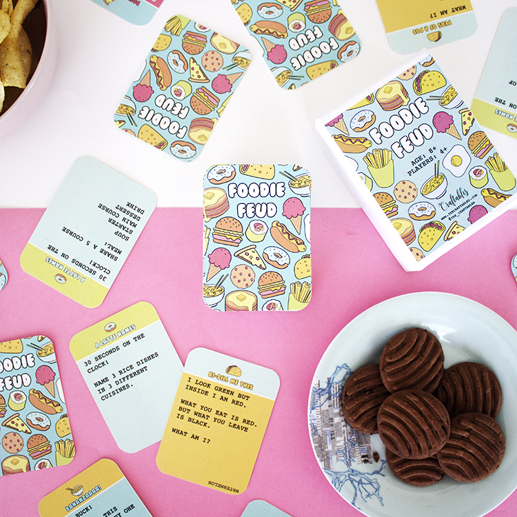 Foodie Food Card Game | The Craftables Food themed trivia party game