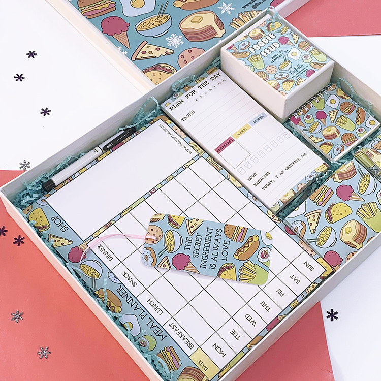 Foodie Themed Stationery Set for Christmas gifting | Happy Holidays ideas | The Craftables