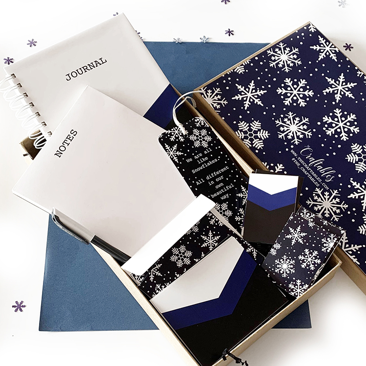 Snowflaked Stationery Set for Stationery lovers | The Craftables