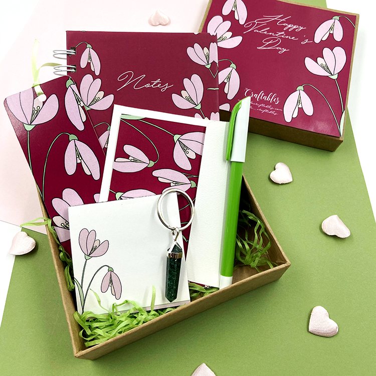 Petals Stationery Set | Personalised Valentine's Day gifts for her | The Craftables